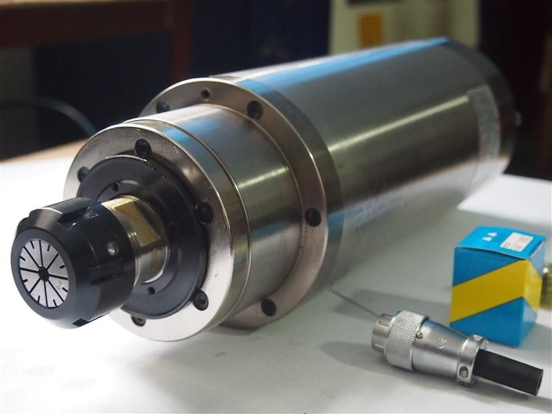 7.5KW Water Cooled CNC Spindle Motor 125mm Diameter 900Hz Frequency ISO9001
